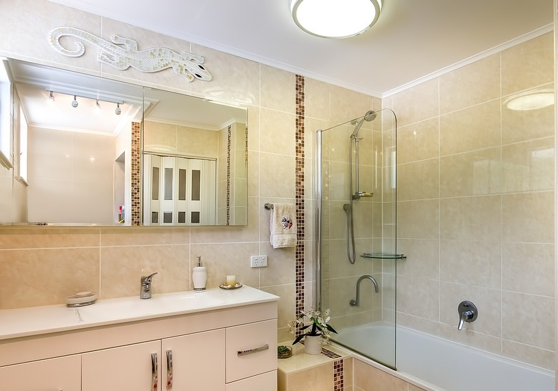 4 tipy jak zařídit malé koupelny