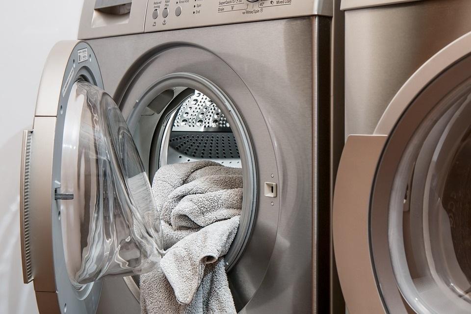 Čištění pračky octem