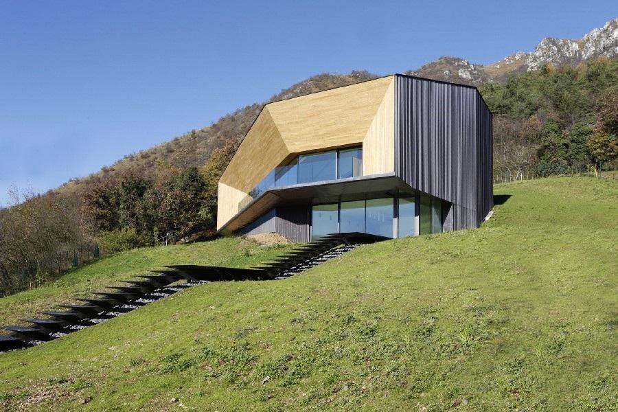 Minimalistická vila v italských Alpách