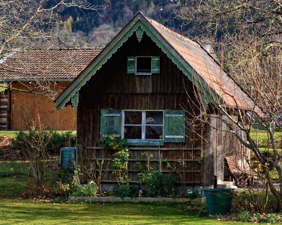 Jak postavit zahradní domek svépomocí?