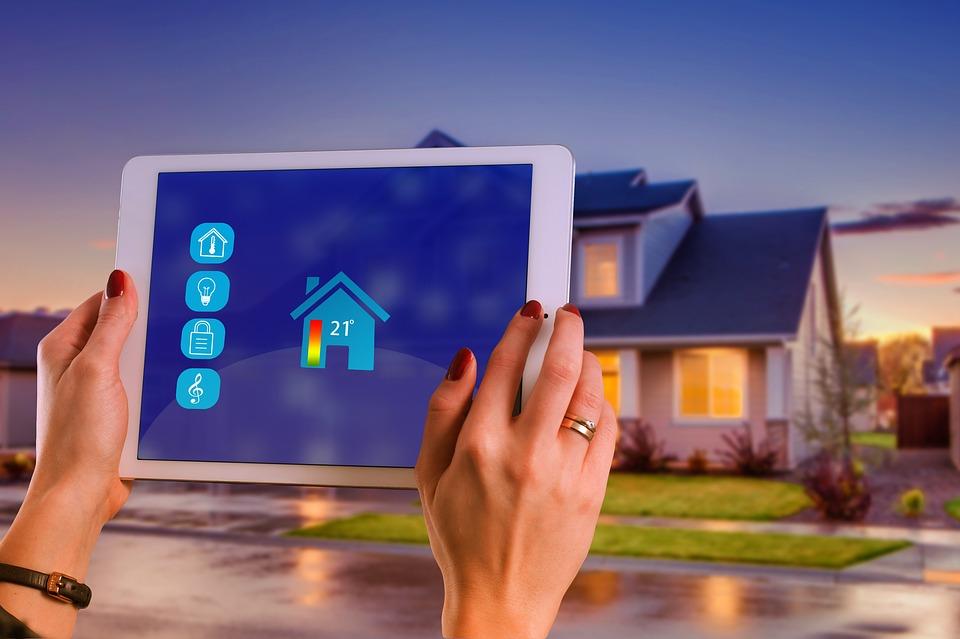 Jak funguje a jak postavit chytrý dům svépomocí