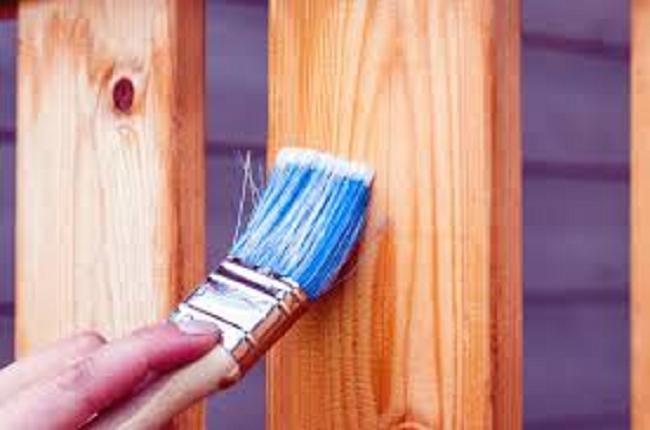 Jaké jsou vhodné barvy na dřevo?
